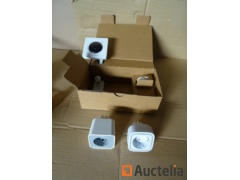 1 Indoor camera Gigaset, 2 power sockets controllable by smartphone