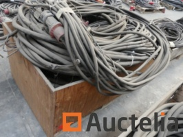 10-electric-cables-1039055G.jpg