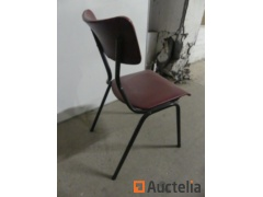13 Chairs Metal leg sitting in faux leather