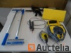 2 Cordex STANLEY, 1 electric tester, 2 tapestry picks, mason float, 2 clamps gaskets