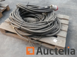 3-electric-cables-1039091G.jpg