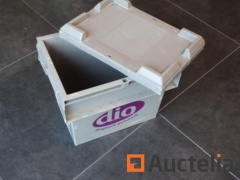 5 Storage boxes embo, plastic and stackable (lid)