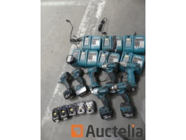 7-portable-impact-wrenches-makita-18v-14-4v-7-chargers-14-batteries-940139G.jpg