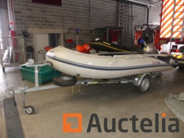 hon-wave-honda-inflatable-dinghy-with-aluminium-floor-with-riba-trailer-860432G.jpg