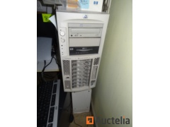 HP SERVER TC4100 Server Bundle
