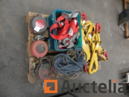 lifting-and-safety-equipment-1038623G.jpg