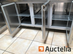 Low refrigerated cabinet