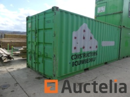 maritime-container-20-feet-arranged-in-workshop-650306G.jpg