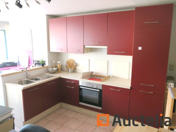 Online auction of exhibition kitchens