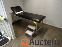 patient-consultation-table-with-walking-959123G.jpg
