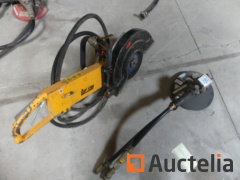 Portable pneumatic floor saw Lifton LS14, pneumatic Angle grinder Stanley GR31