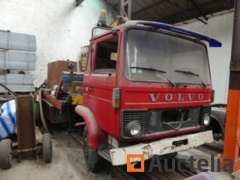 Repair Truck with Volvo crane for parts