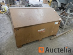 Ridgid 3068 Metal Chest for pickup truck