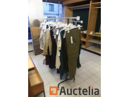rods-with-clothes-841493G.jpg