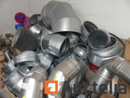 set-of-galvanized-elbows-and-fittings-various-1022492G.jpg