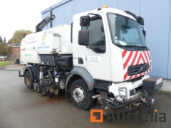 Street Sweeper with driving right VOLVO 240 (2008)