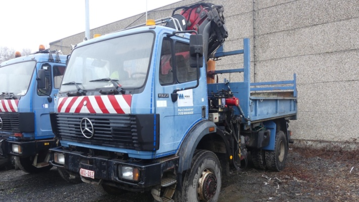 Tribenne truck with crane, Mini-Crawler excavator, Mercedes Sprinter