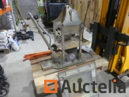 trolley-laying-slab-by-chip-extractor-unit-probst-quickjet-qj600e-1058270G.jpg