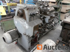 VOLMAN Metal lathe (to be reconditioned)