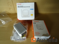 Honeywell Lyric W1 WiFi, 1 ringtone Honeywell DW 31, 1 sensor/venster Gigaset detector, waterlekdetector
